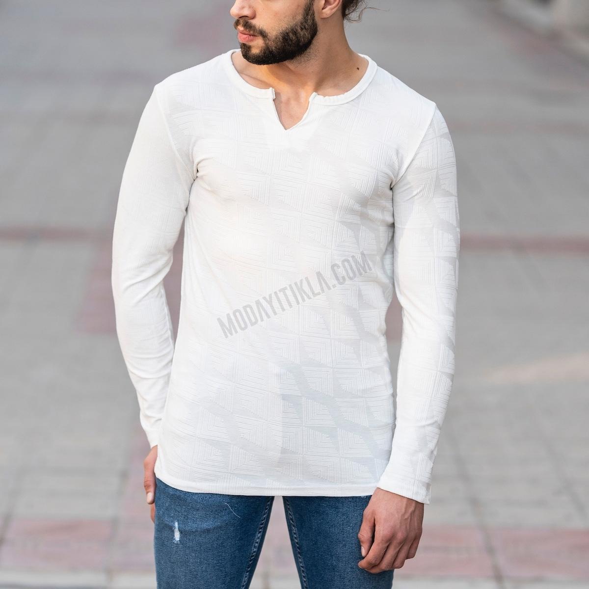 Erkek V Boğazlı Etnik Desenli Sweatshirt