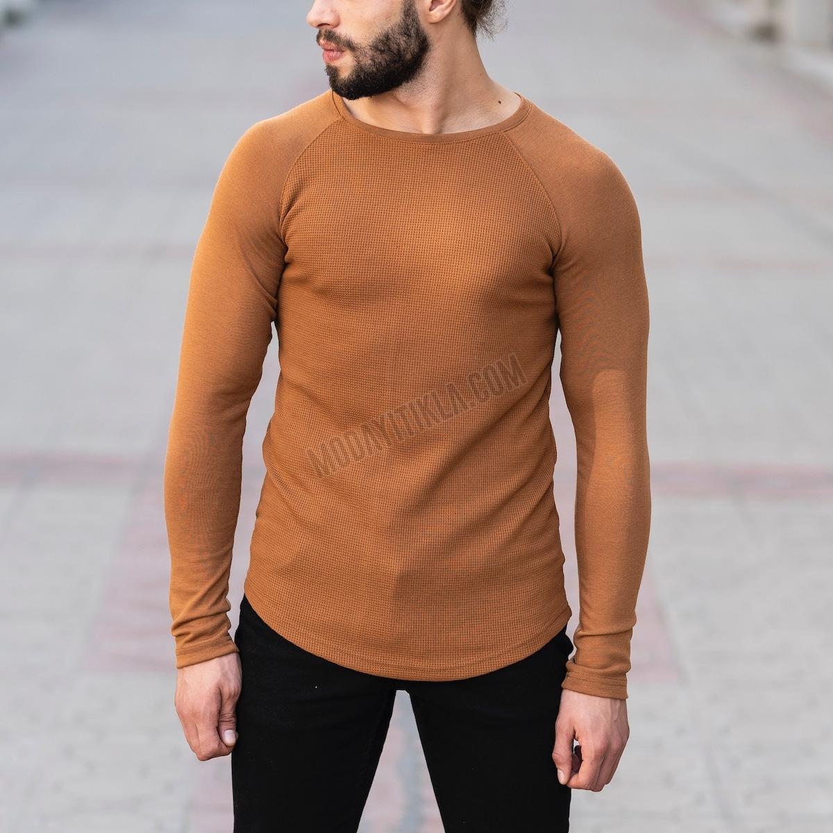 Erkek Gövdesi İşlemeli Detaylı Taba Sweatshirt