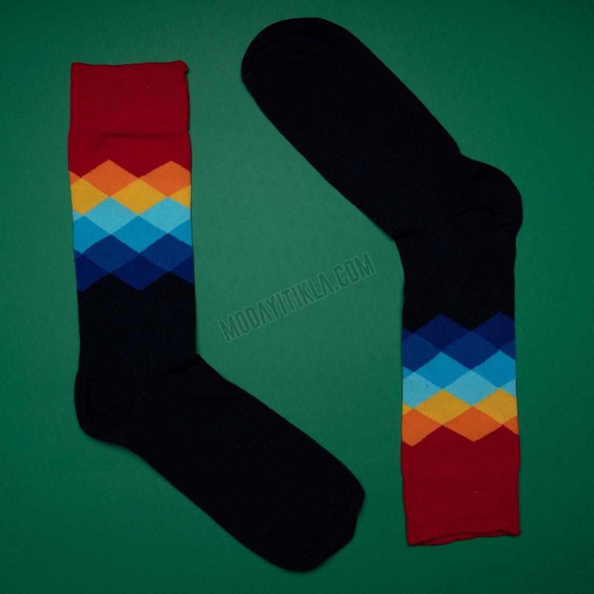 Erkek Baklava Desenli Siyah Kırmızı Çorap