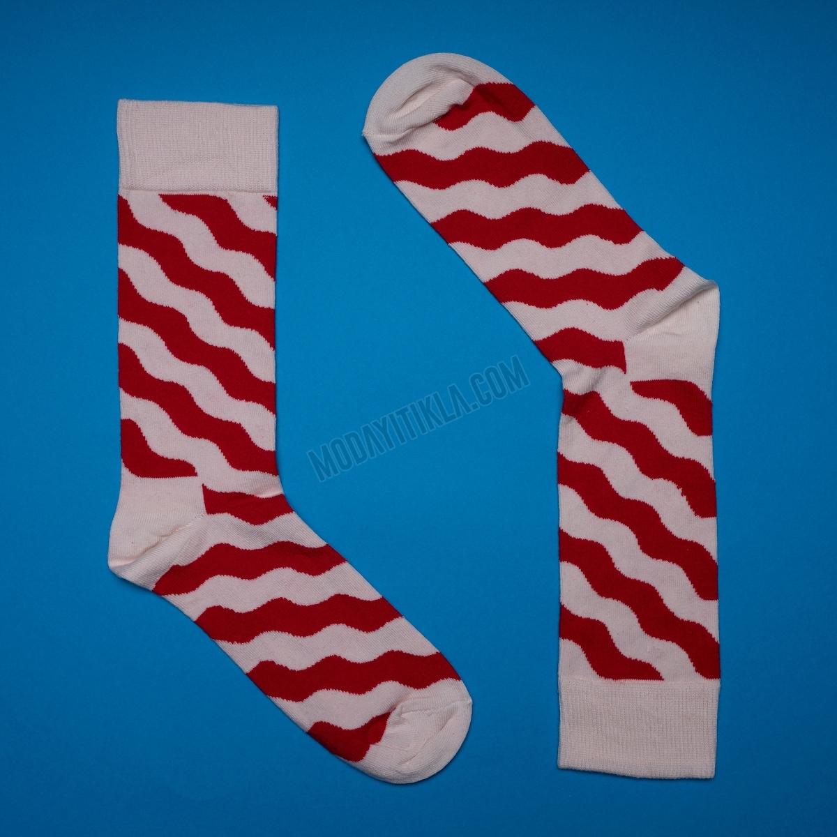 Erkek Dalga Desenli Beyaz Çorap