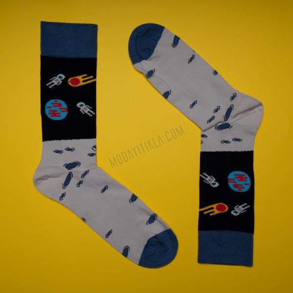 Erkek Uzay Desenli Gri Çorap