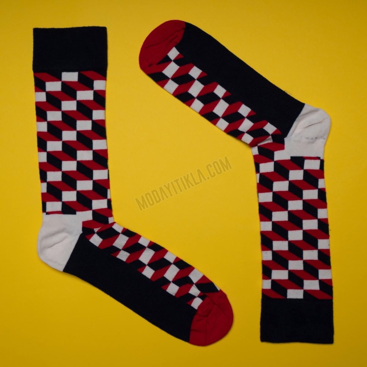 Erkek 3D Desenli Siyah-Kırmızı Çorap