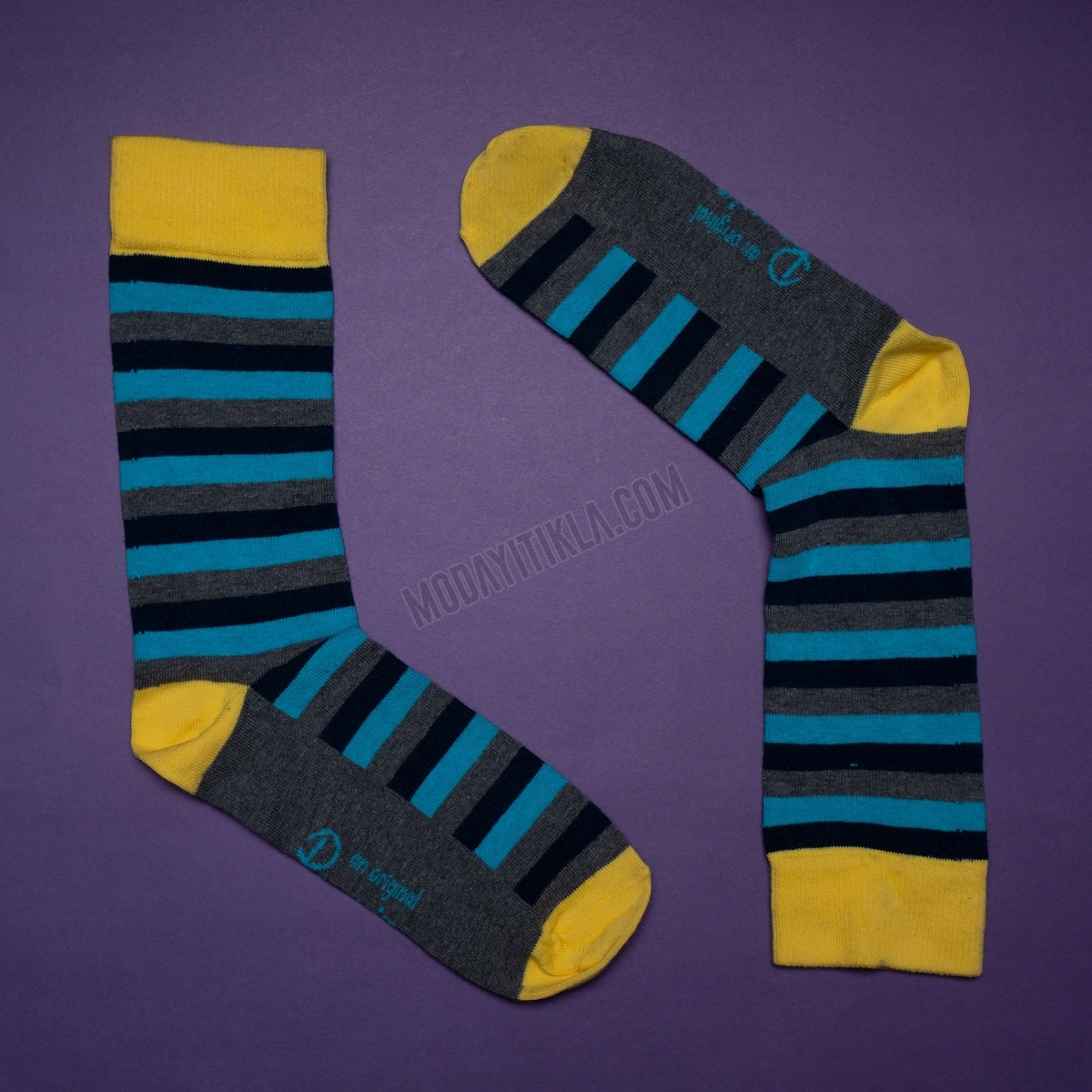 Erkek Çizgili Desenli Füme-Sarı Çorap