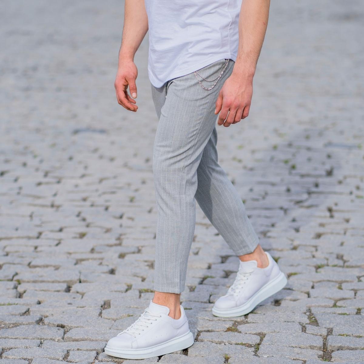 Erkek Dar Paça Çizgili Zincirli Gri Kumaş Pantolon