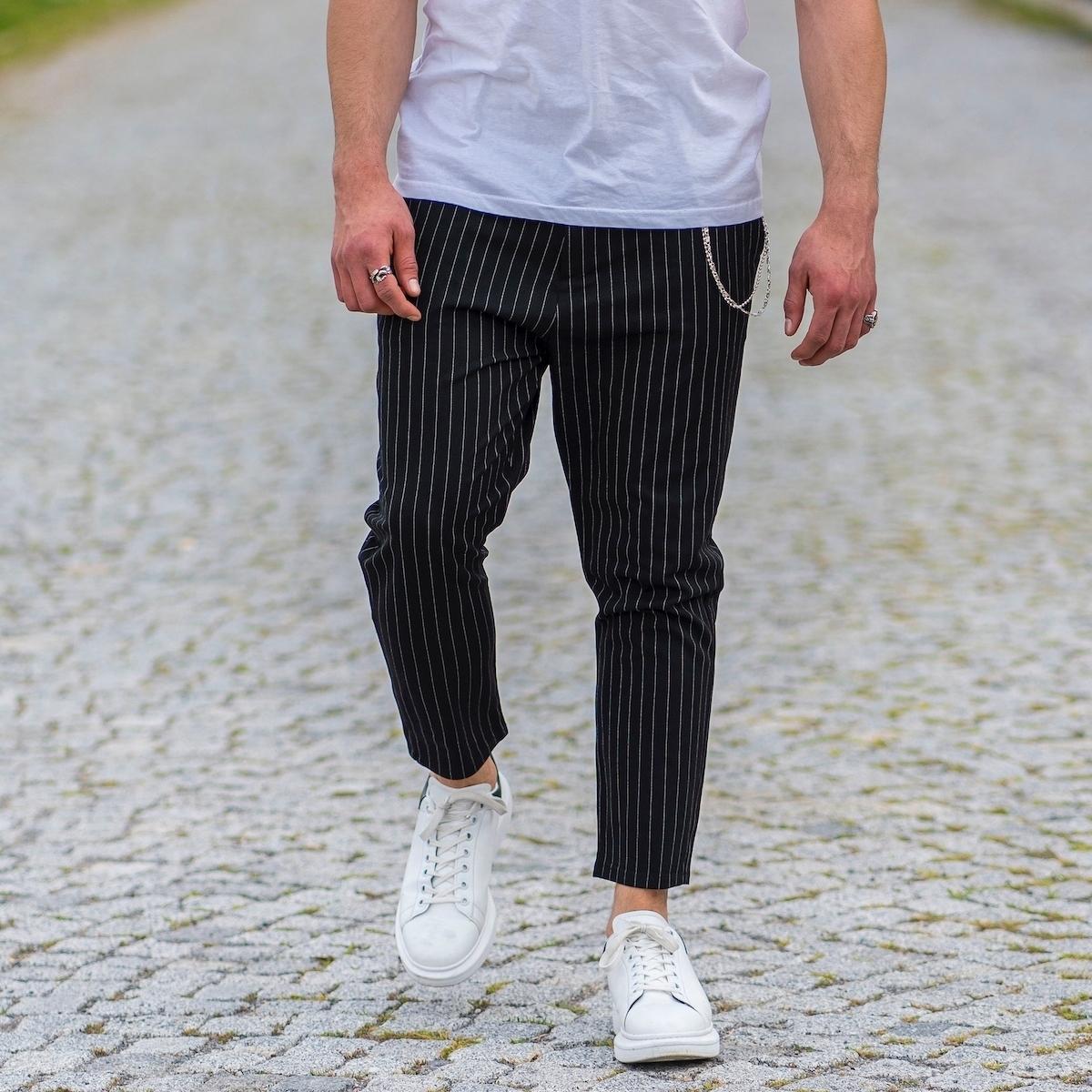 Erkek Dar Paça Çizgili Zincirli Siyah Kumaş Pantolon