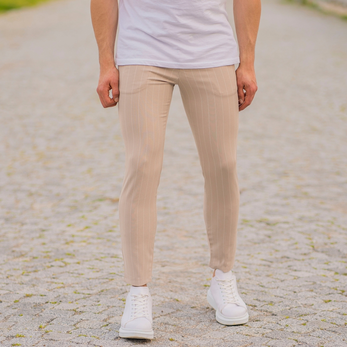 Erkek Dar Paça Çizgili Bej Kumaş Pantolon