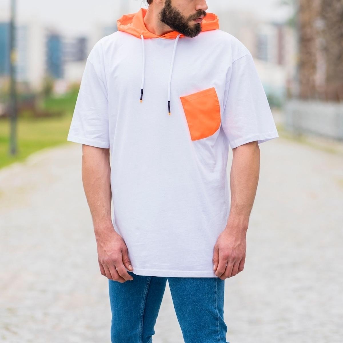 Erkek Cepli Turuncu Detaylı Kapüşonlu Tişört Beyaz