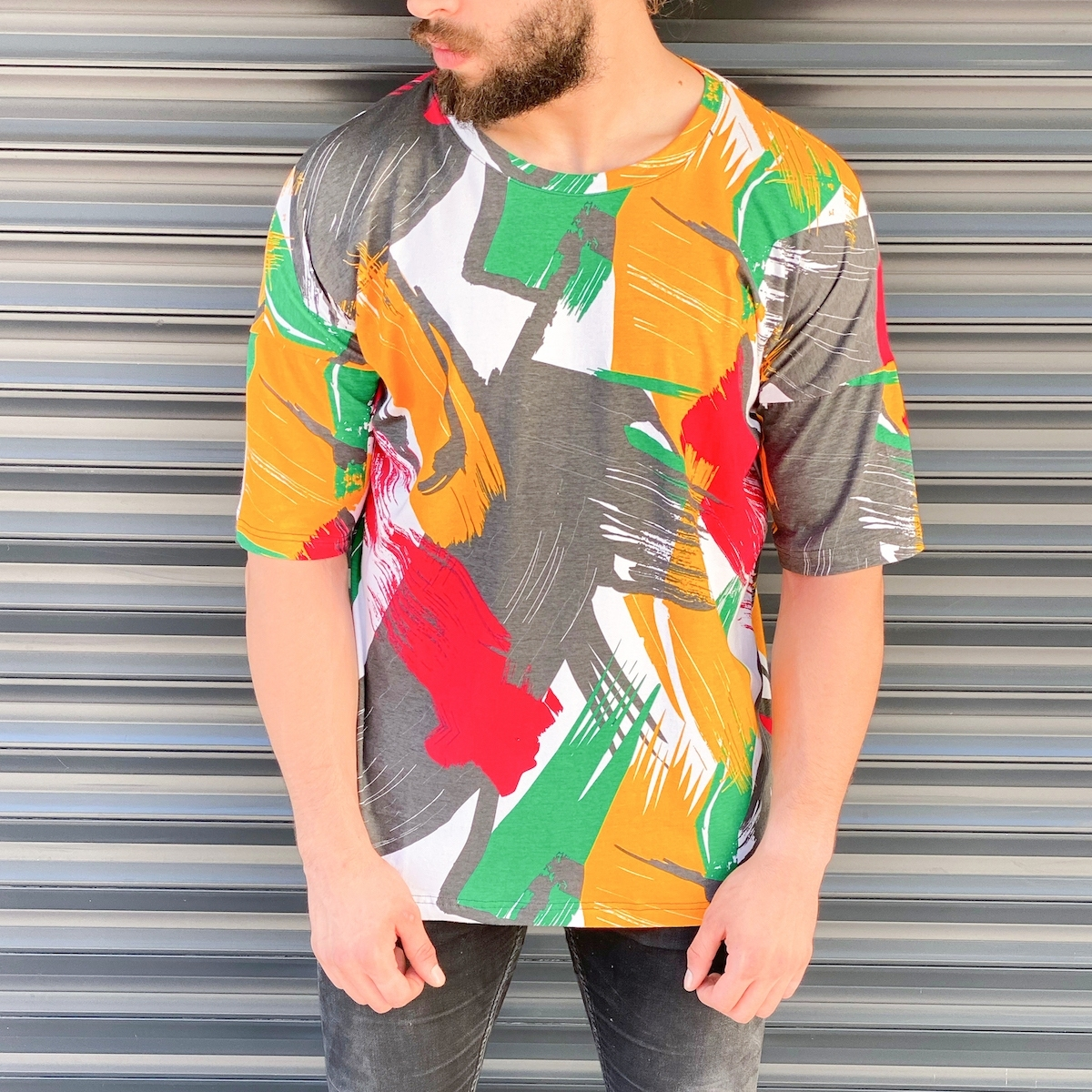 Erkek Soyut Boyalı Tişört