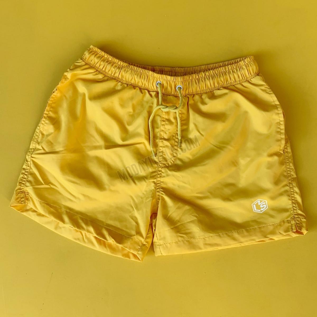 Erkek Basic Arkası Cepli Kısa Deniz Şortu Sarı